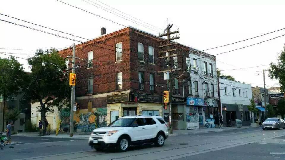 for 100 mural street richmond hill